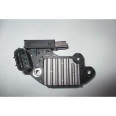 Реле-регулятор генератора (с щетками) Geely 1106010346