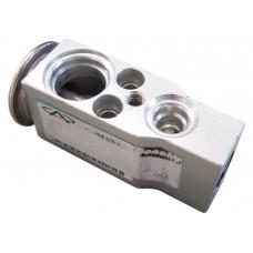 Клапан кондиционера Chery Amulet_Elara_Karry_M11_Tiggo A11-8106010