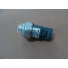 Датчик давления кондиционера BYDF3 BYDF3-8108039